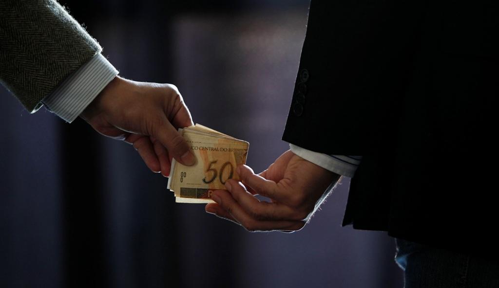 PEC torna crimes de corrupção imprescritíveis e inafiançáveis