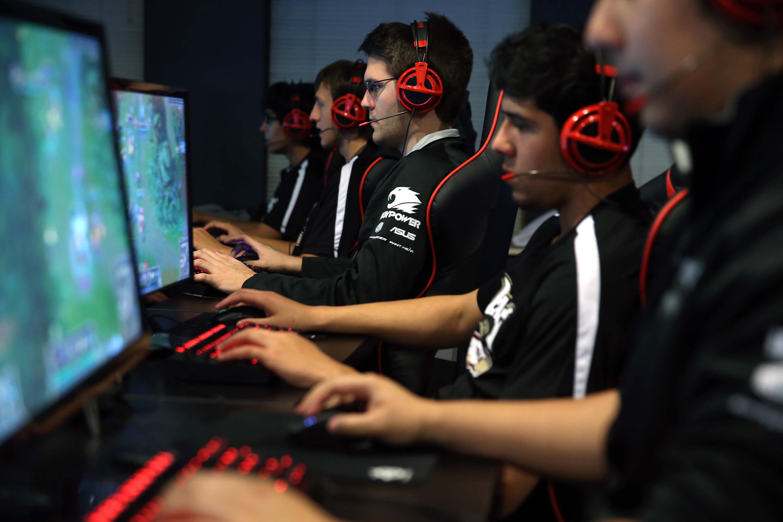 Programas de computador e jogos eletrônicos terão garantia de um ano