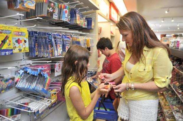 Direito do Consumidor cinco dicas para as compras de volta às aulas