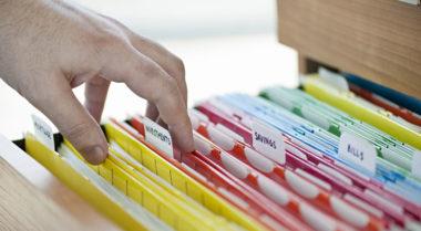 Confira quais os prazos para guardar documentos e contas